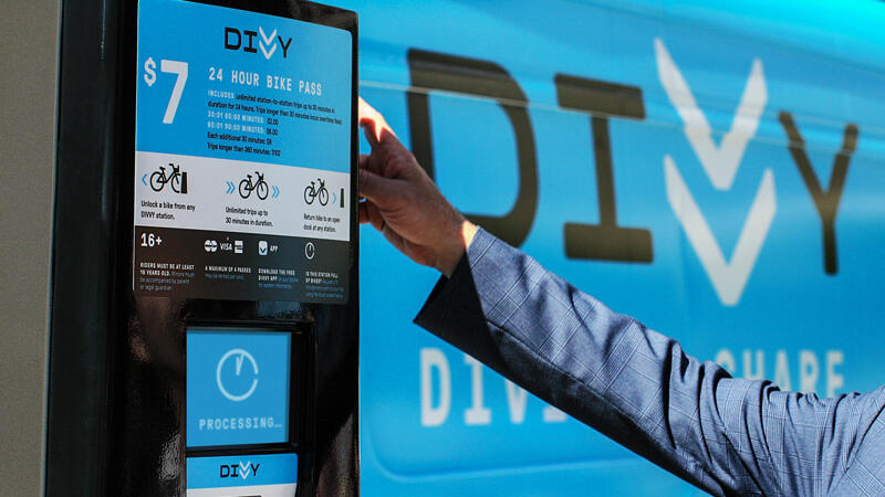 Divvy kiosk with person interaction